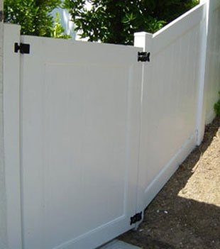 Vinyl Fence Gate Installation