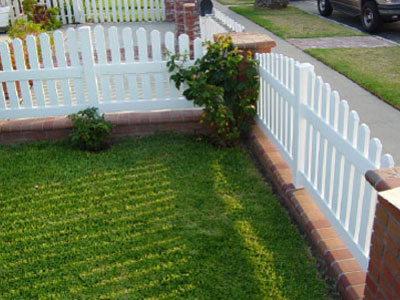 vinyl picket fence front yard. We Installed This Vinyl Fence In Ladera Ranch, CA. Missouri Concave Style Was Chosen By The Client To Accentuate Their Existing Brick Pillars. Picket Front Yard P