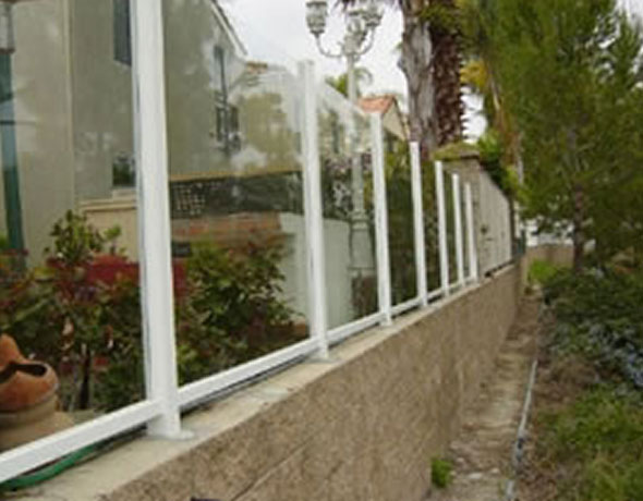 Glass Fence Installers