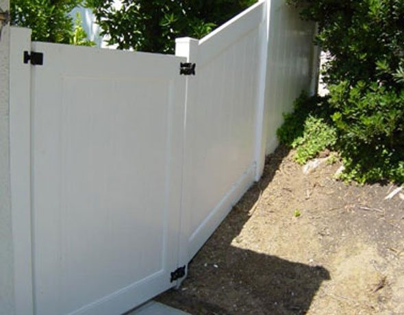 Vinyl Gates & Fences